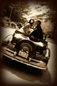 Mix modern and vintage to make a great wedding photo.